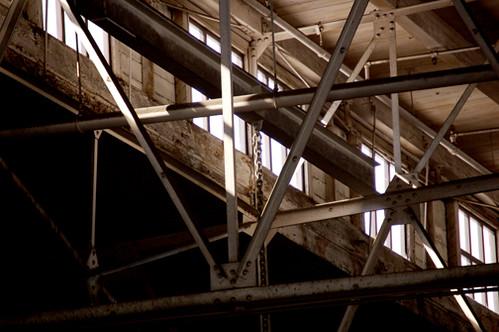 beams Pier 10