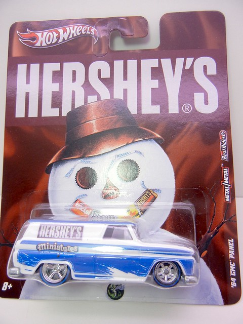 HOT WHEELS NOSTALGIA HERSHEYS '64 GMC PANEL (1)