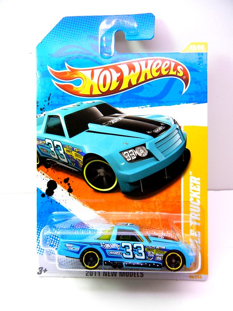 HOT WHEELS CIRCLE TRUCKER TEAL (1)