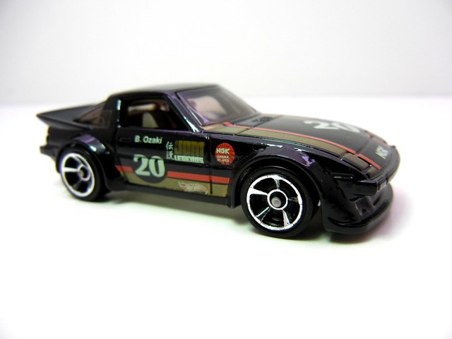 hot wheels mazda rx-7 (3)