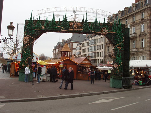 200612110065_Christmas-Strasbourg-market