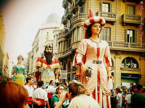 Gigantes y cabezudos en Barcelona