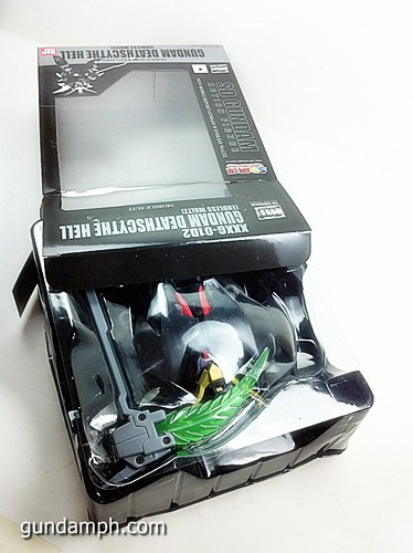 SD Gundam Online Deathscythe Hell Custom Toy Figure Unboxing Review (11)
