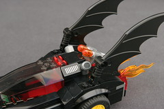 6864 The Batmobile and the Two-Face Chase - Batmobile 7