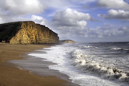 Storm And Sun in West Bay by natamagat
