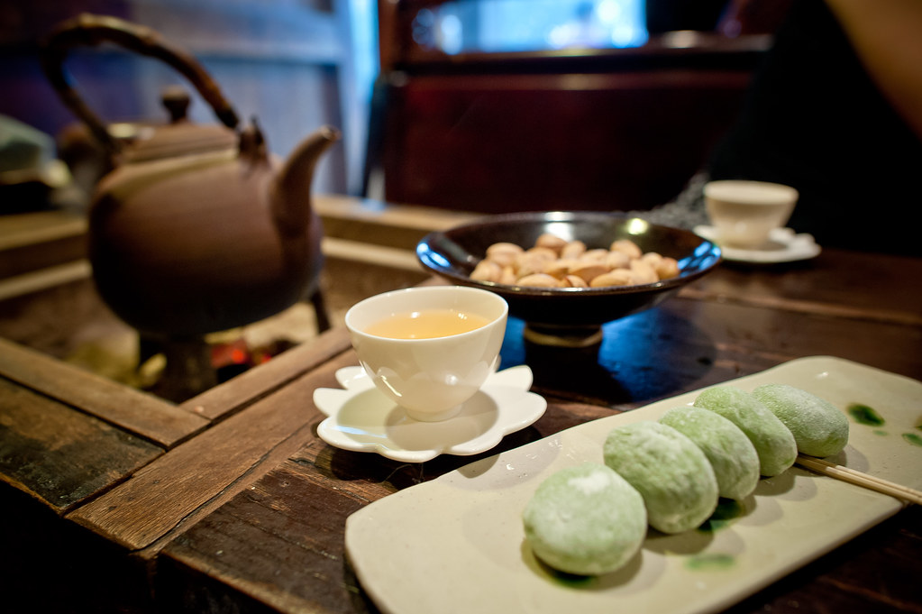 Jiufen teahouse snacks