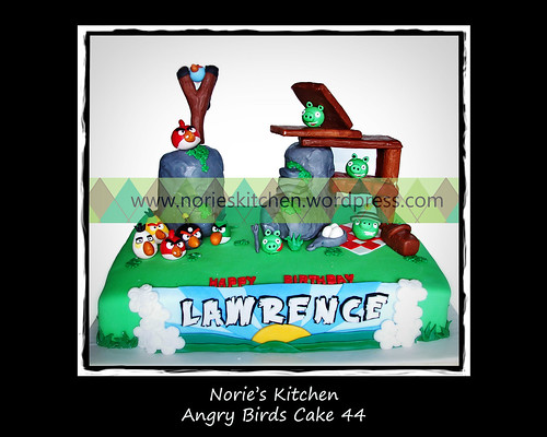 Norie's Kitchen - Angry Birds Cake 44 by Norie's Kitchen