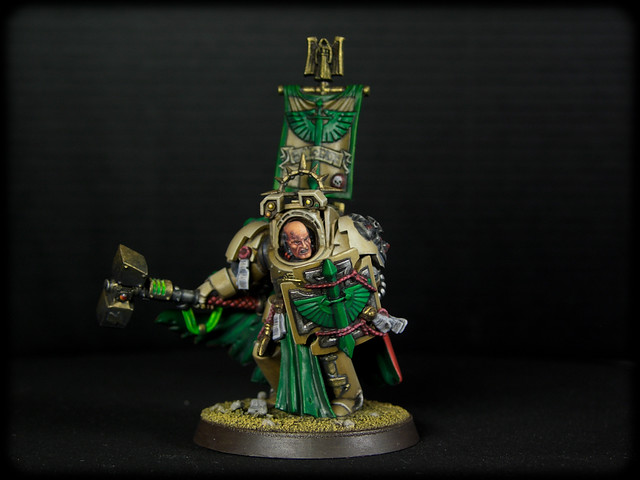 Dark Angels Deathwing's Belial with Tunder Hammer (11 de 11).jpg