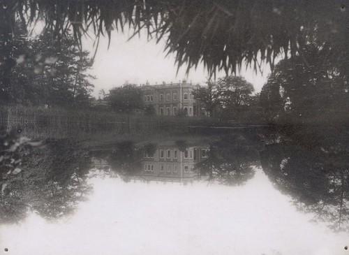 Mansion and Lake 1 (2)