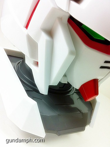 Banpresto Gundam Unicorn Head Display  Unboxing  Review (31)