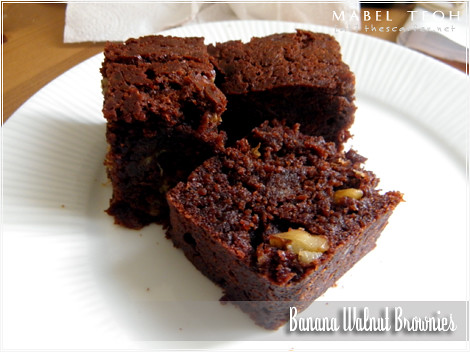 Banana walnut brownies