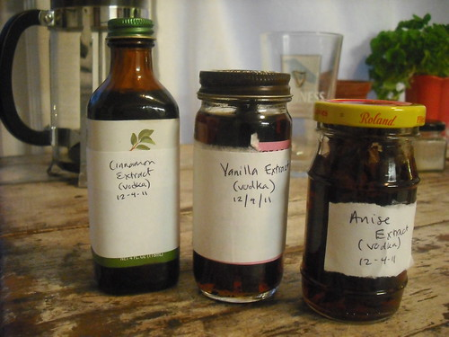 Cinnamon, Vanilla, Anise Extracts