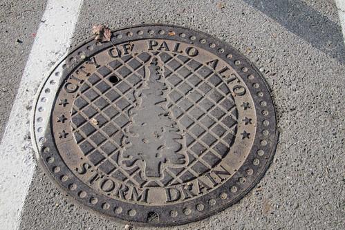 Palo Alto, California manhole cover