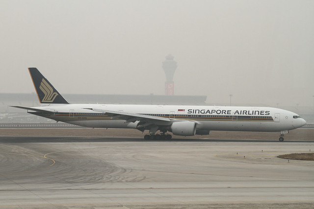 Singapore Airlines B777-300(9V-SYG)