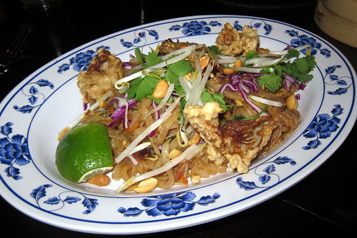 Brooklyn - Park Slope: Talde - Crispy oyster & bacon pad thai