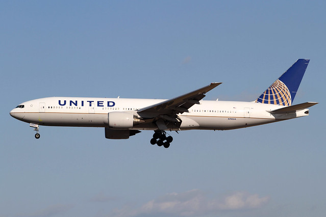 United Airlines B777-200ER(N782UA)
