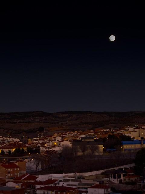 Luna sobre Arganda