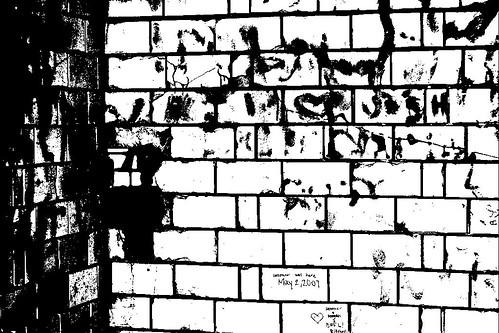 Graffiti (Threshold)