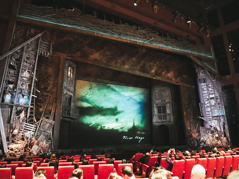 Les-Miserables-Singapore-6