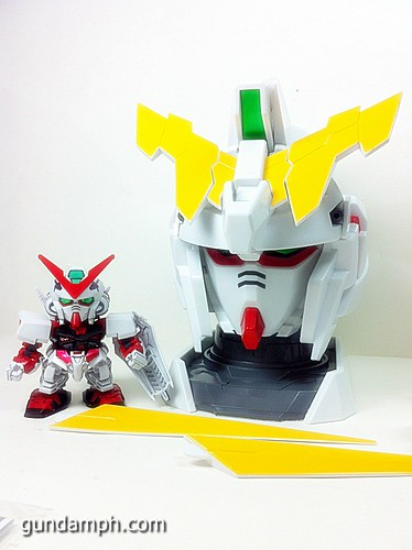 Banpresto Gundam Unicorn Head Display  Unboxing  Review (20)