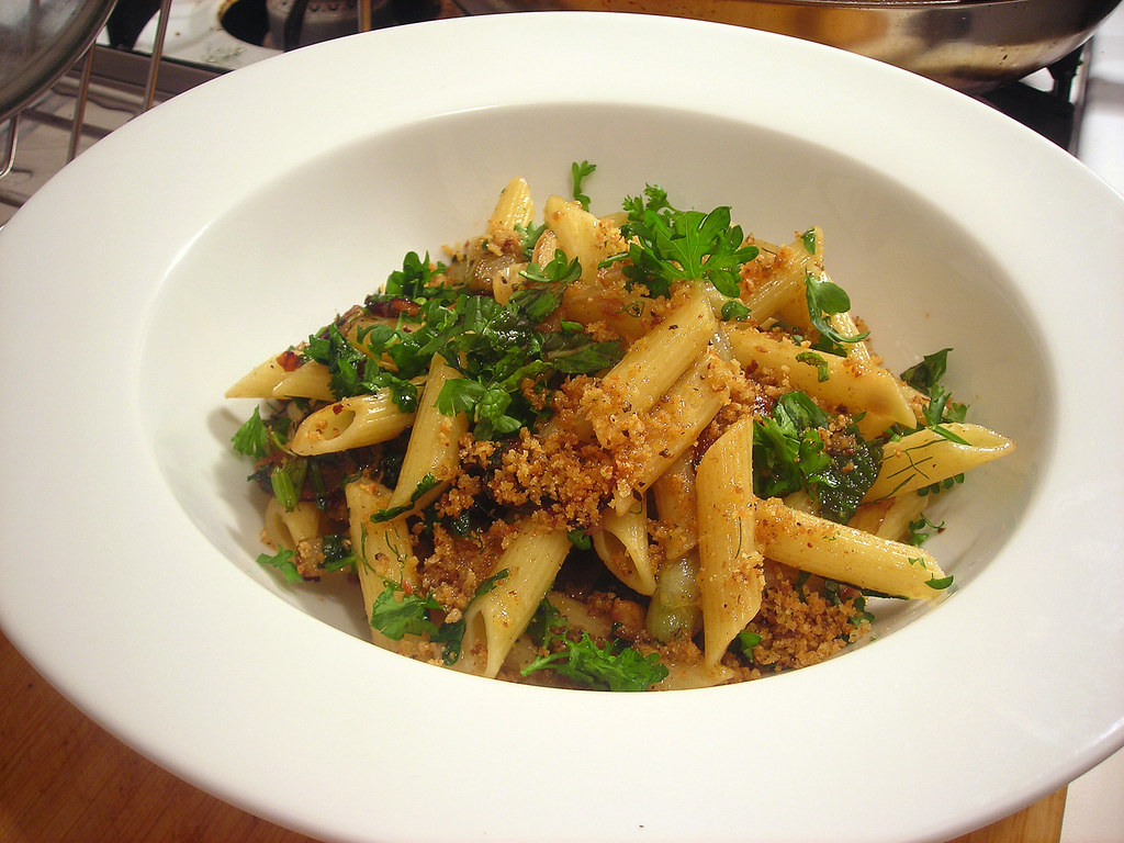 Penne with fennel, mint and breadcrumbs