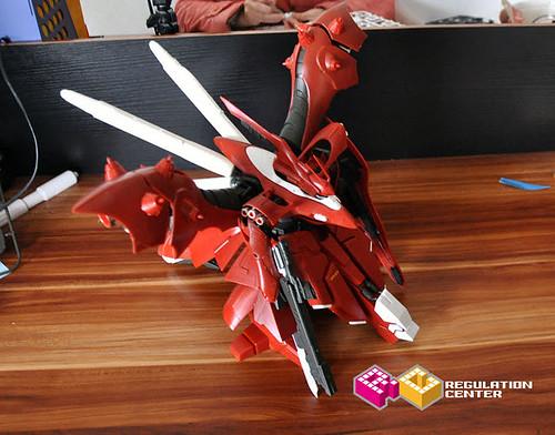 RC Regulation Center 1 100 Nightingale Model Kit Gundam PH (7)