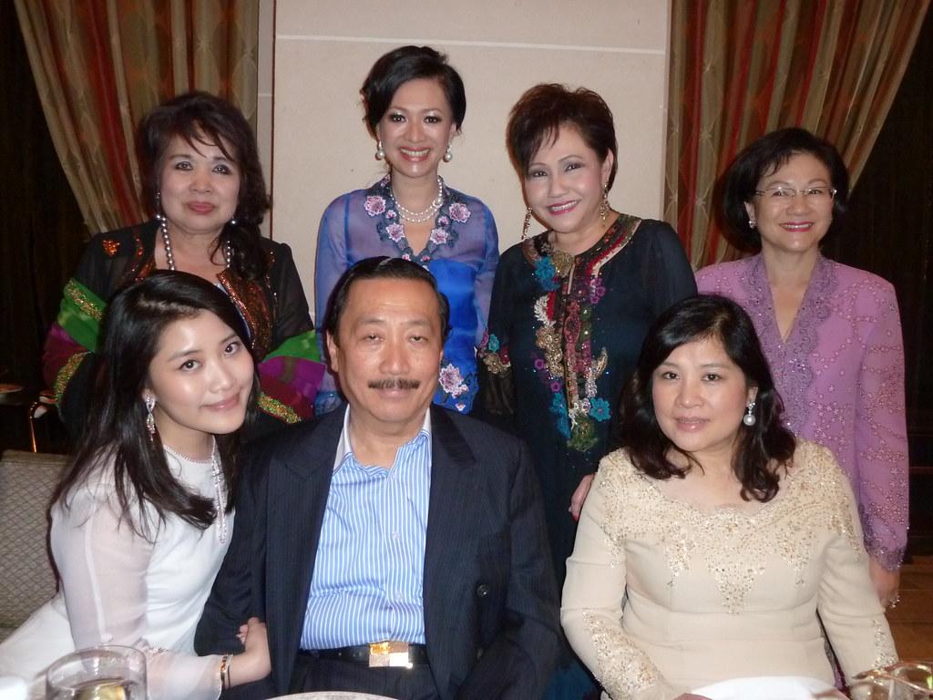Anak jutawan Vincent Tan pengasas Naza sah suami isteri