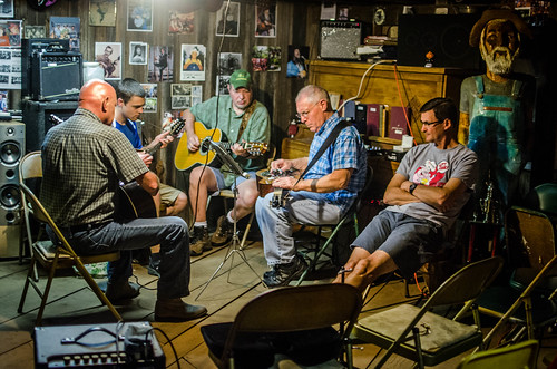 Perryville Pickin and Grinnin-6