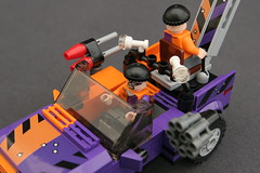6864 The Batmobile and the Two-Face Chase - Truck 9