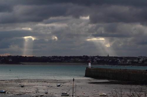 Wells of light