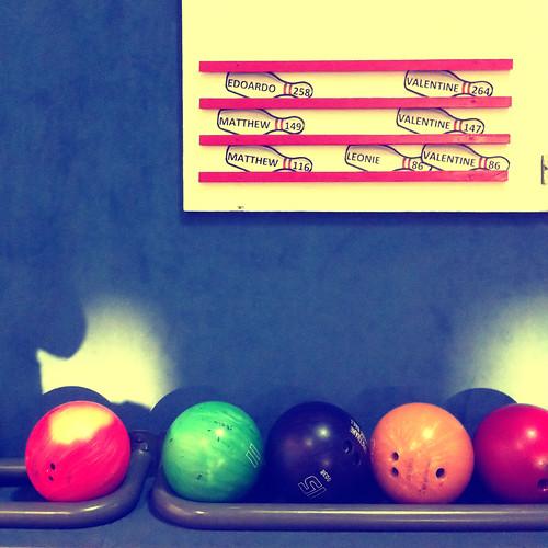 (337/365) Bowling by albertopveiga
