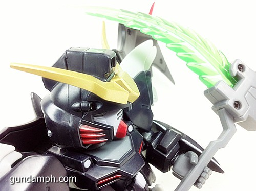 SD Gundam Online Deathscythe Hell Custom Toy Figure Unboxing Review (33)