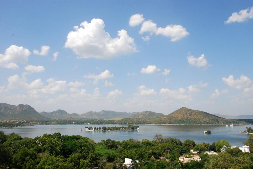 Fatah Sagar Lake, Udaipur, India