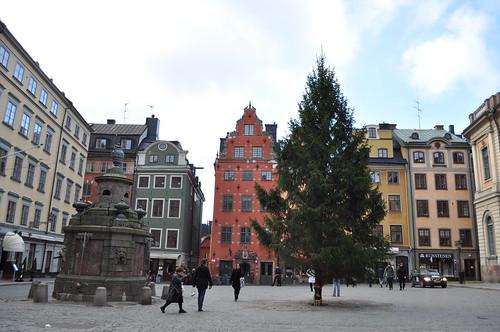 2011.11.10.208 - STOCKHOLM - Gamla stan - Stortorget - Stortorgsbrunnen