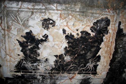 Tomb, Doris Weiler Park