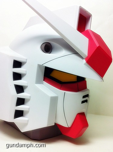 BIG RX-78-2 Gundam Head Coin Bank 30th Anniversary Edition 7-11 (30)