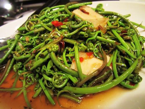 Thai-style midin with roast pork