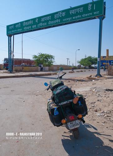 Arriving at Jaisalmer.