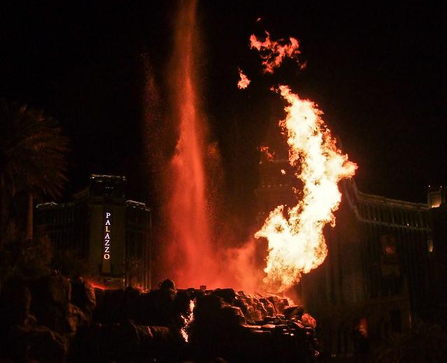 Volcano of Mirage, Las Vegas