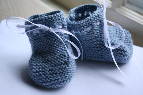 knitted :: Oscar Booties