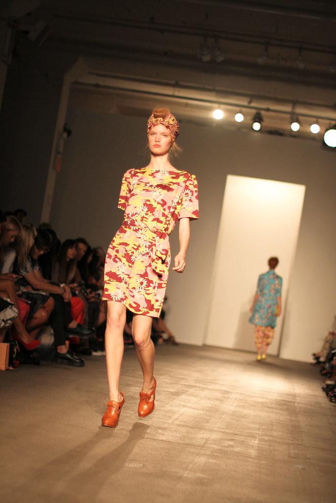 Karen Walker Spring 2012-94