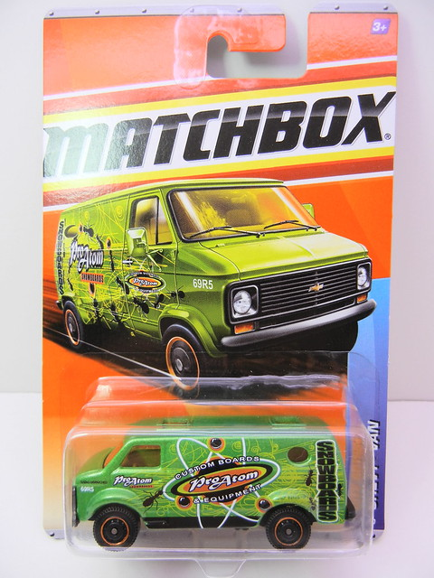 MATCHBOX CHEVY VAN (1)