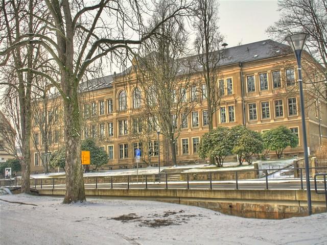 Schule_schräg