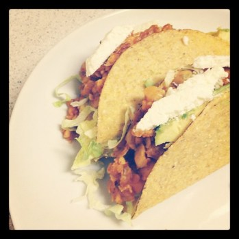 #tacotuesday + challenging myself to eat #vegetarian for the rest of this week = chickpea tacos!