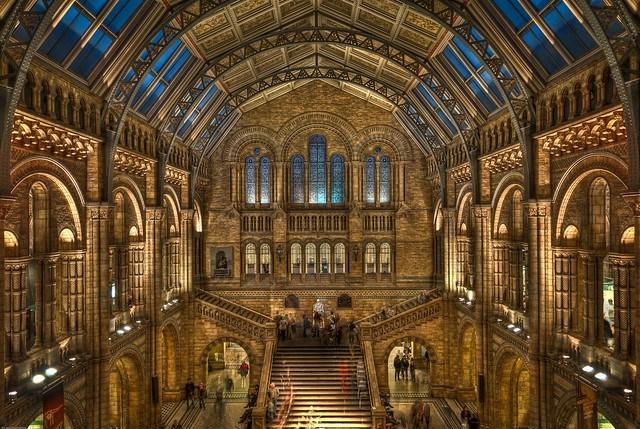 History Museum por Nick Knowles