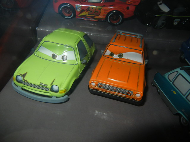 2011 disney store cars 2 20 car set  (8)