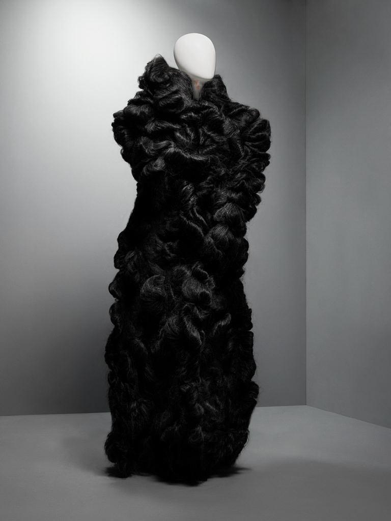 Coat, Eshu, Autumn:Winter 2000–2001