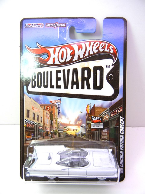 hot wheels boulevard '55 lincoln futura concept (1)
