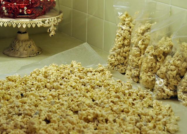peanut butter popcorn (10)