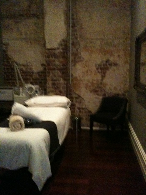 Treatment room @ Djurra